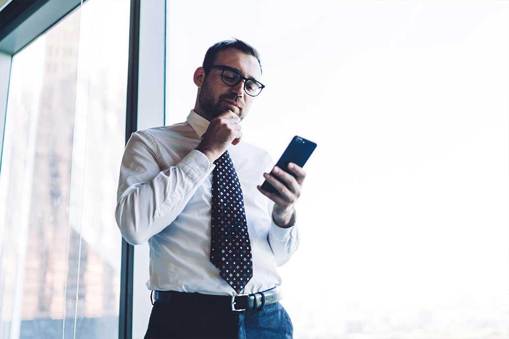 上司や取引先など目上の人に気持ちが伝わるビジネスメールの書き方と使いやすいフレーズ一覧!